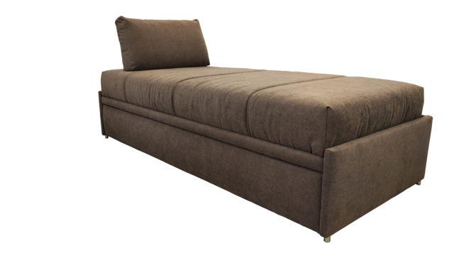 Schlafsofa mit zwei Matratzen.